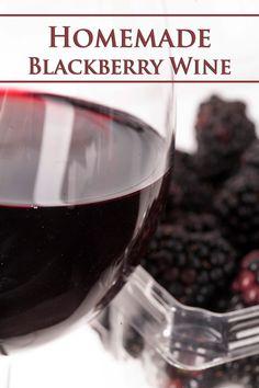 Blackberry Wine, Blackberry Recipes, Cherry Wine, How To Make Drinks, How To Make Beer, Mango Wine, Pina Colada Rum, Homemade Wine Recipes, Watermelon Wine