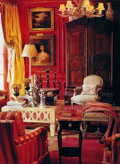 Red painted walls ~ room designed by William Eubanks From: The Enchanted Home, please visit Red Interiors, Beautiful Interiors, Living Style, English Country Decor, French Country, Enchanted Home, Red Rooms, Classic Interior, English Interior