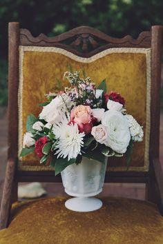 Rustic and classic wedding flowers: http://www.stylemepretty.com/virginia-weddings/norfolk/2014/09/18/virginia-hermitage-museum-wedding/   Photography: Echard Wheeler - http://echard-wheeler.com/