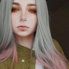 The power of editing lol Hair Lights, Light Hair, Colored Hair Tumblr, Coloured Hair, Braided Hairstyles, Cool Hairstyles, Emo Girls, Dream Hair, Ulzzang Girl