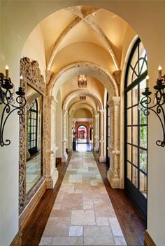 Cathedral ceiling - great hallway