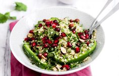 You are the official Thanksgiving salad-bringer in your family this year, but still lack of inspiration? Here's a genius salad with quinoa, pomegranate seeds, cilantro, green bell pepper, and…