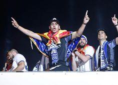 "165.6k Likes, 1,092 Comments - Álvaro Morata (@alvaromorata) on Instagram: ""Gran noche ayer en Cibeles! #halanadrid #campeonesdeliga ❤️❤️❤️"""