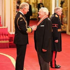 Julian Glover is made a CBE by the Prince of Wales at an investiture ceremony at Buckingham Palace Julian Glover, Investiture Ceremony, 501st Legion, Prince Of Wales, British Actors, Buckingham Palace, Candid, Star Wars, Royals