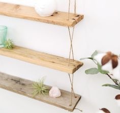 40 Awesome Things You Can Build With Wooden Pallets Wooden Pallet Projects, Pallet Crafts, Wooden Pallets, Pallet Ideas, 1001 Pallets, Diy Crafts, Wood Crates, Pallet Shelves Diy, Diy Hanging Shelves