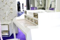 Pearl Dressing Table #detail