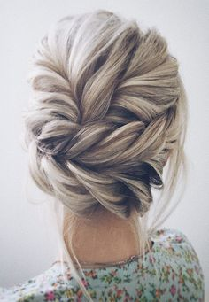 Beautiful updo wedding hairstyle ideas for Every Bride
