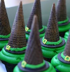 Halloween Decorating Ideas :: Witch Theme