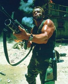 Arnold Schwarzenegger on the set of Predator Arnold Schwarzenegger Predator, Arnold Schwarzenegger Movies, Arnold Schwarzenegger Bodybuilding, The Expendables, Sylvester Stallone, Predator Arnold, Man In Black, Cinema Tv, About Time Movie