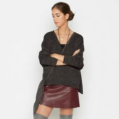 Discover our leather skirt!!! #nicoli #nicolimoda #fashion #moda #skirt #cool #totallook #streetstyle #friday #havefun #party #awesome #newcollection #fall #winter   http://www.nicoli.es/tienda/Look-76-20150276-mca.html