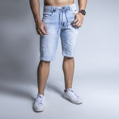 Sexy Guys, Sexy Men, Pit Bull Jeans, Denim Shorts, Skinny, Fashion, Men In Jeans, Young Men's Fashion, Mens Jeans Outfit