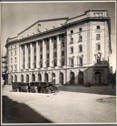 La facciata del palazzo di fronte a piazza Crispi, oggi piazza Meda. #piazzaMeda