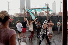 Blogpost: Dancing in the rain at TikiDisco in New York City http://linnwiberg.metromode.se