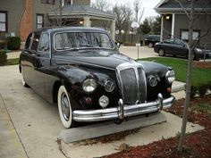 File:Daimler Majestic Major Limousine Front End. Vintage Cars, Antique Cars, Jaguar Daimler, Old And New, Volvo, Cars And Motorcycles, Super Cars, Mercedes Benz, Volkswagen
