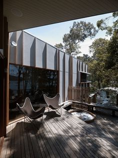 Fibre Cement Sheeting - with timber battens Roof Cladding, Timber Cladding, Cladding Ideas, Interior Architecture, Interior And Exterior, Shed Makeover, Timber Battens, Cubby Houses, Courtyard House
