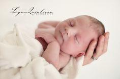 Lynn Quinlivan Central MA Massachusetts Newborn Photographer Douglas Worcester Baby Photographs1