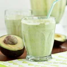 Avocado Coconut Smoothie Ingredients 1 large, just ripened avocado 1 cup whole Greek yogurt (vanilla or honey) TB honey or agave nectar, depending on desired sweetness cup unsweetened coconut milk 1 cup baby spinach leaves ½ – ¾ cup crushed ice, optional Avocado Smoothie, Coconut Smoothie, Juice Smoothie, Smoothie Drinks, Smoothie Bowl, Healthy Smoothies, Healthy Drinks, Smoothie Recipes, Green Smoothies