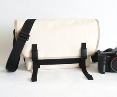 Medium DSLR Messenger Camera Bag  water-repellent by CanterBags