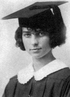 Agnes Morehead college graduate, 1923