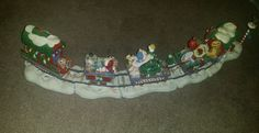 DANBURY MINT GARFIELD CHRISTMAS EXPRESS TRAIN SET/ PAWS BY JIM DAVIS Garfield Christmas, Christmas Express, Jim Davis, Danbury Mint, Train Set, Xmas, Yule, Navidad, Christmas Music