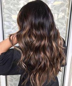 Dark root to caramel brown #haircolor #brunette #hairstyles #darkbrownhair #balayage
