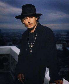 Christian Bale, Christian Grey, Young Johnny Depp, Here's Johnny, Marlon Brando, Hot Actors, Actors & Actresses, Johnny Depp Frases, Junger Johnny Depp