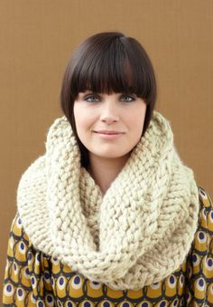 This is supposed to be a beginner knitting pattern - maybe I can tackle it before winter! #free #pattern