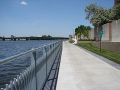 RiverLoop Bike Trail / Waterloo, Iowa