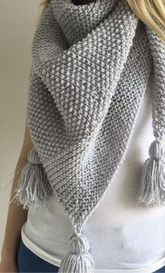 These poncho knitting patterns were rated easy by the designers, or knitters who've made them, or based on their simple instructions. Knitted Poncho, Knitted Shawls, Knitted Blankets, Crochet Shawl, Knit Crochet, Easy Blanket Knitting Patterns, Easy Knitting, Loom Blanket, Beginner Knitting