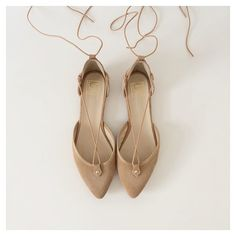 Flats nude beige Brown Life Is Beautiful, Fall Winter, Nude, Beige, Flats, My Favorite Things, Brown, Fashion, Taupe