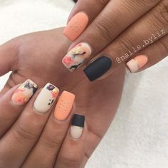 """305 Likes, 14 Comments - Liz Henson (@nails.byliz) on Instagram: """"Currently obsessing . . . . #nails #acrylicnails #nailstagram #abstractnails #nailart…"""""""