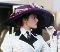2e57ad3eb46 Kate Winslet -- Titanic Costume Design
