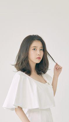 Iu Short Hair, Iu Hair, Beautiful Japanese Girl, Beautiful Asian Girls, Haircuts For Medium Hair, Medium Hair Styles, Lob Hairstyle, Girl Hairstyles, Hair Sensation