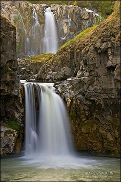 White River Falls, Wasco County, Oregon; photo by Greg Vaughn