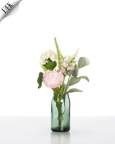 FÆK | Flowers Alice - Table Small Artikelnummer: 7006 Fake flowers - pastel colors pink orange purple green white - artificiële bloemen - pastel kleuren roze paars oranje wit groen - rental - huren verhuur - events - evenementen - party - feest - decoratie