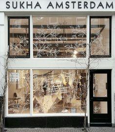 e x t e r i o r s : store front inspiration raamschildering etalage  Sukha Amsterdam