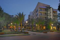 Stafford Housing deals in corporate suites in Houston  to experience high class living with affordable prices offering premium and high quality living standards.