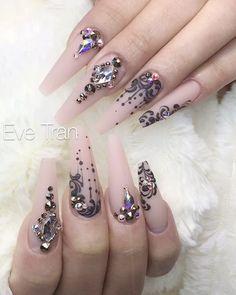 "2,011 Likes, 34 Comments - Eve Tran (@eve_tran) on Instagram: ""#sparkle #sparkles #nailsmagazine #vietnails #bling #blingbling #blingnails #naillove #nailart…"""