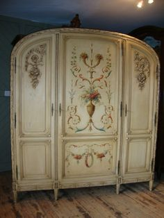 Beautiful French armoire with original painted design still in tact: http://www.antiquestovintage.com/ads/french-painted-armopire/