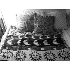 SUN AND MOON BLANKET WANT WANT WANT WANT NOW