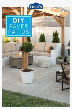 Make a simple backyard beautiful and extend your living space to the outdoors with a paver patio. You can install the paving stones yourself. We& show you how, and give you paver patio ideas to help you personalize your new space. Patio Pavé, Casa Patio, Backyard Seating, Backyard Patio Designs, Backyard Projects, Backyard Landscaping, Patio Ideas, Backyard Porch Ideas, Garden Ideas
