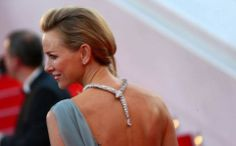 Naomi Watts wearing the ultimate temptation necklace