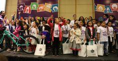 La niña galardonada es Andrea Camila Ropero Oñate, nacida en Riohacha hace nueve años.    El premio entregado  por el Ministerio de Cultur...