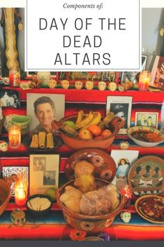 When we talk about Día de Muertos (Day of the Dead) we also need to learn about the Components of a Day of the Dead Altar. Great multicultural lesson for kids! Vintage Halloween, Vintage Witch, Halloween Stuff, Halloween Makeup, Halloween Costumes, Ghost Costumes, Halloween Couples, Halloween Wreaths, Group Halloween