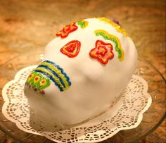 Day of the Dead - Red Velvet Cake with Fondant and Icing Skull