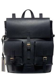 Designer Backpacks Spring 2014 - 10 Backpacks for Women Spring 2014 Trend - Harper's BAZAAR Handbags designed by Michael Kors Mk Handbags, Handbags Michael Kors, Michael Kors Bag, Leather Handbags, Bagdad, Cheap Michael Kors, Mk Bags, Designer Backpacks, Backpack Purse