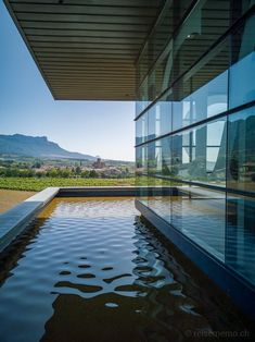 The Spanish Basque Country has much to offer. Especially, for those interested in gourmet food, wine, and architecture. Here are my tips for a circle tour of the Basque Country - with a detour into the Rioja region.