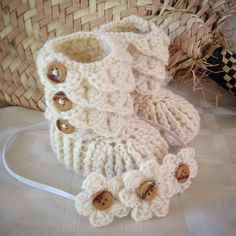 Baby Size Crocodile Stitch Bootie Three by momalldayhookallnite
