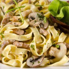 Pasta Salad, Spaghetti, Pierogi, Cooking, Ethnic Recipes, Foods, Italia, Tagliatelle, Crab Pasta Salad