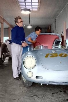 "James Dean (with friend / mechanic Rolf) and his 1955 Silver Porsche 550 Spyder - ""Little Bastard"" Porsche 550 Spyder, Classic Hollywood, Old Hollywood, Hollywood Actresses, East Of Eden, Actor James, Steve Mcqueen, Le Mans, Belle Photo"